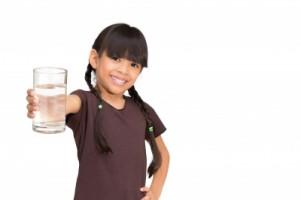 vaso+de+agua+en+ayunas